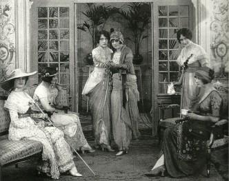 Paris, 1913, mannequins dance tango