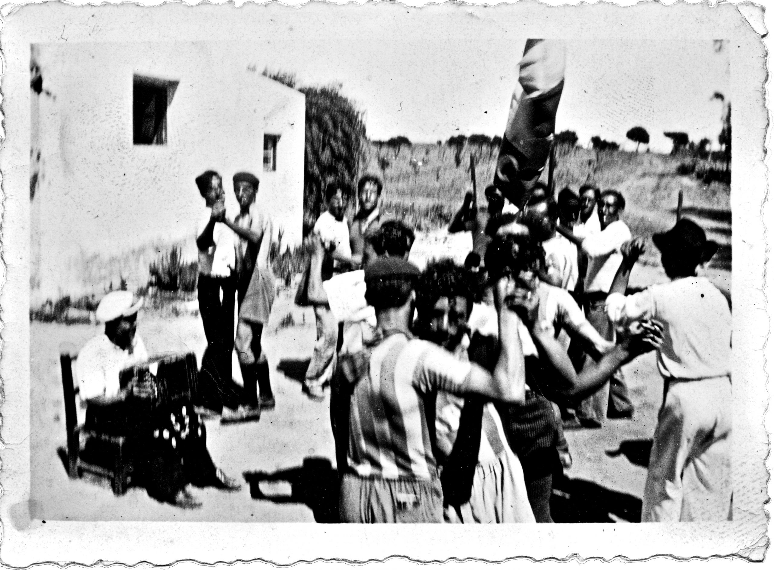 1920s Uruguay. Men dancing tango.