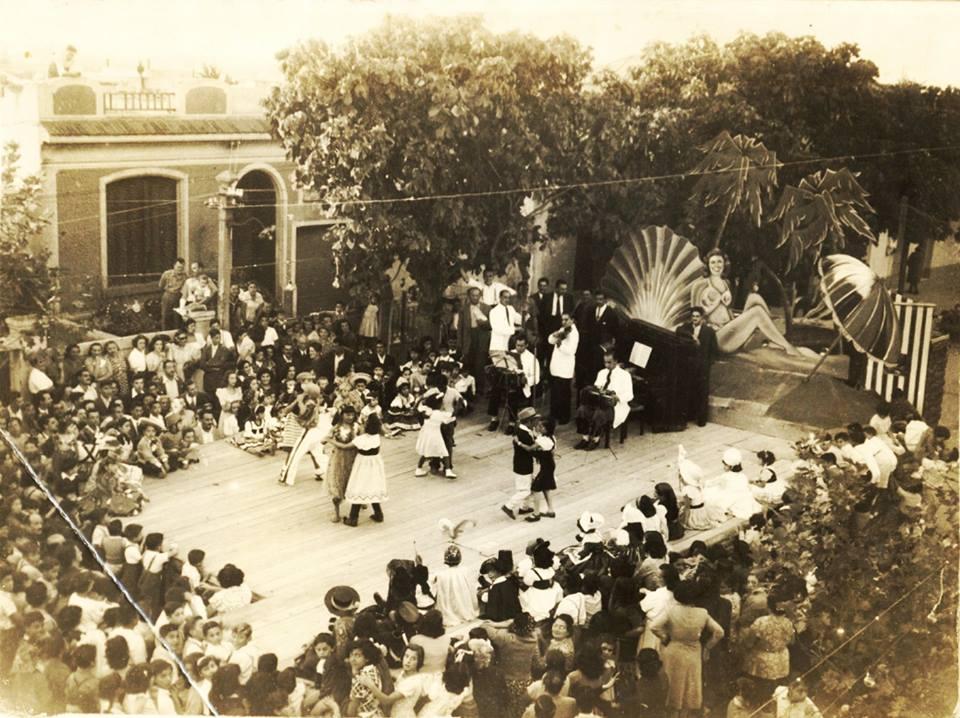 """1951 Tango en el tablado """"La perla de Rocha""""."""